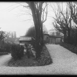 Le pavillon de la Carte du Ciel, côté Est, le 13 mars 1934 - Observatoire de Paris (titre forgé)